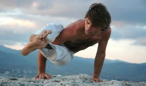 men_yoga
